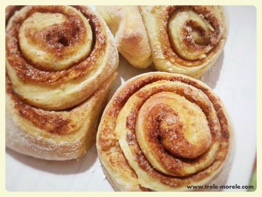 cinnamon_roll_buns
